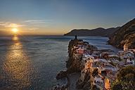 Italy, Liguria, Cinque Terre, Vernazza at sunset - YRF00149