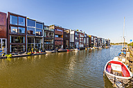 Netherlands, Amsterdam, modern terraced houses at Scheepstimmermanstraat - WDF03891