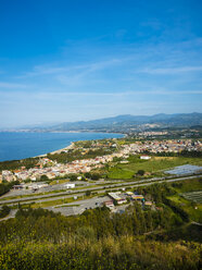 Italy, Sicily, Oliveri, view to the bay of Messina - AMF05260