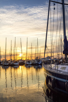 Germany, Kuehlungsborn, marina at sunrise - PUF00589