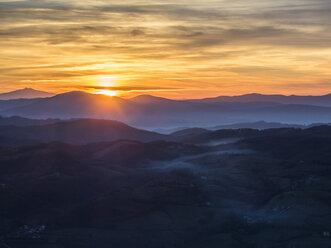 Italy, Umbria, Gubbio, Apennines at sunset - LOMF00512