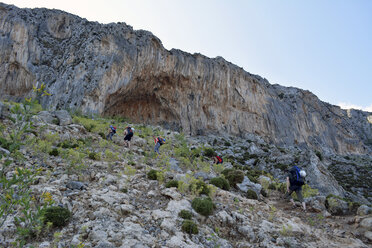 Greece, Kalymnos, hiking trip towards rock wall - LMF00669