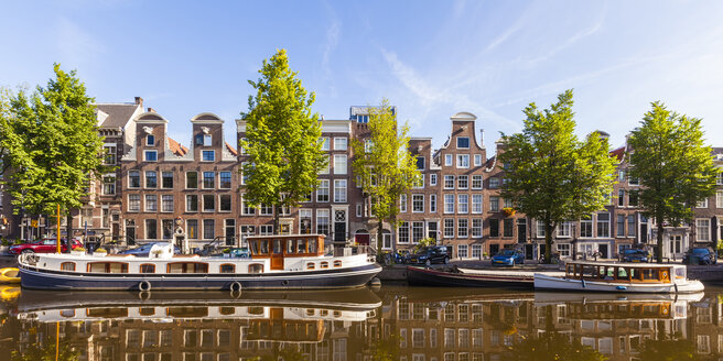 Netherlands, Amsterdam, view to row of typical houses at Prinsengracht - WDF03915