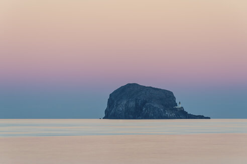 UK, Scotland, Bass Rock, sunset - SMAF00688
