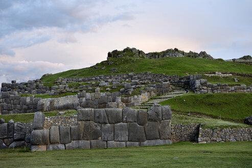 Peru, Cusco province, Inca ruins of Sacsayhuaman - FLKF00714