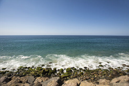 USA, Malibu, view to the sea from Pacific Coast Highway - LMF00693