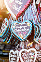 Germany, Munich, gingerbread hearts at the Oktoberfest - MMAF00052