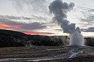USA, Yellowstone Park, Wyoming, Old Faithful Geyser erupting - FOF08922