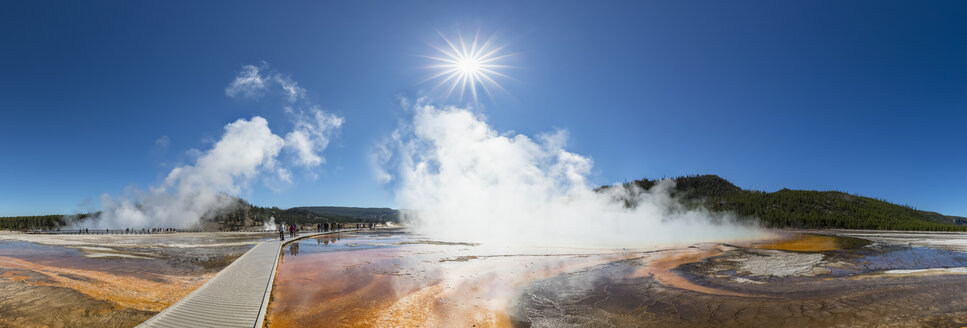 USA, Wyoming, Yellowstone National Park, Midway Geyser Basin, Grand Prismatic Spring - FOF08947