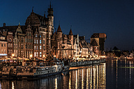 Poland, Gdansk, old town, Motlawa river with The Crane and St. Mary's Gate at night - CSTF01278