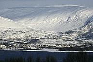 Norway, Troms, coastal landscape in winter - DSGF01553