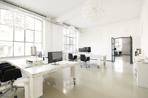 Interior of a modern agency office - SBOF00375