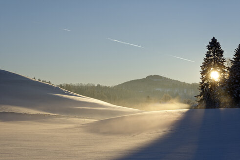 Germany, Bavaria, sunrise at Auerberg in winter - LBF01586