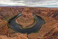 USA, Arizona, Page, Colorado River, Glen Canyon National Recreation Area, Horseshoe Bend - FOF09044