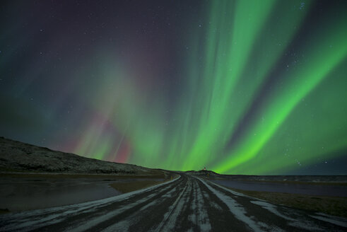 Iceland, scenery with Aurora Borealis - EPF00399