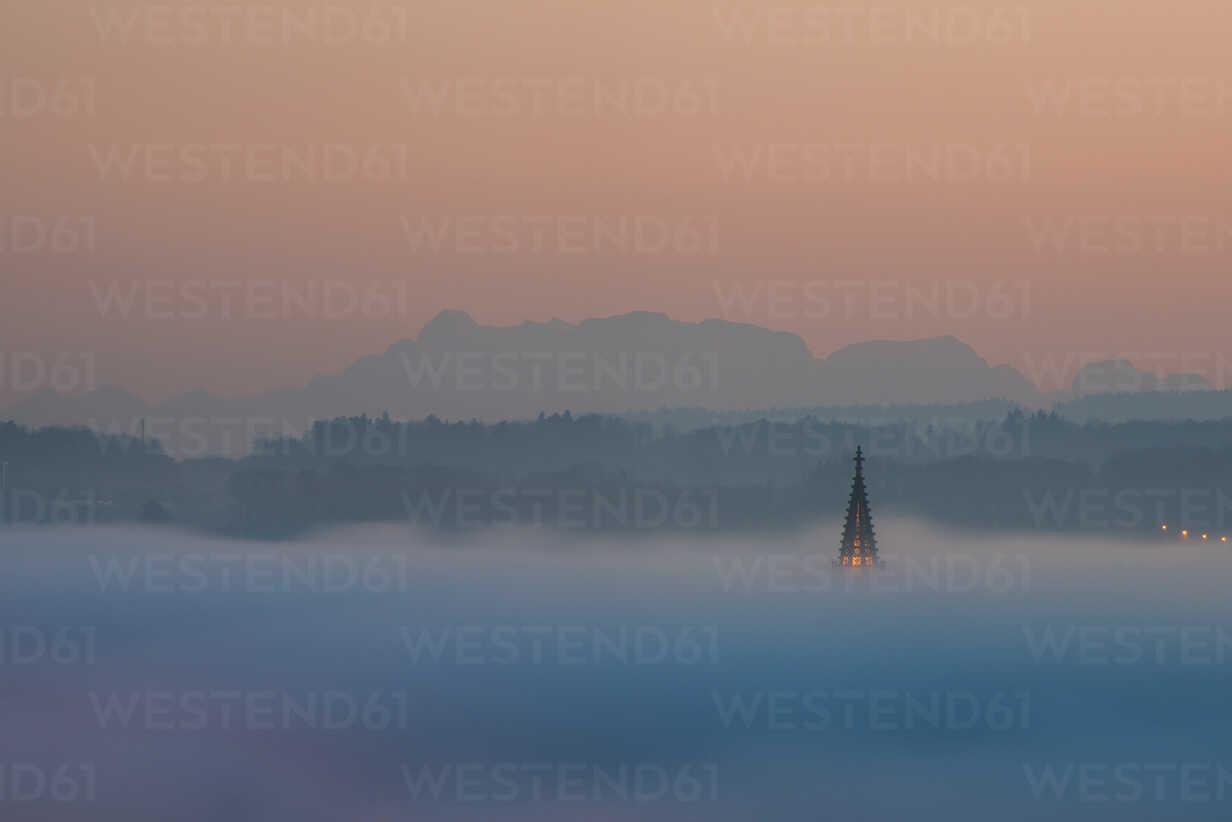 Germany, Constance, spire of Constance minster emerging from sea of fog - KEBF00544 - Kerstin Bittner/Westend61