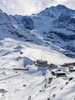 Switzerland, Canton of Bern, Grindelwald, Kleine Scheidegg, historical mountain railway and mountainside of the Eiger - AMF05360