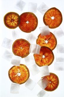 Orange slices and ice cubes - HSTF00046