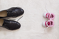 Baby shoes and man's shoes - CMF00671