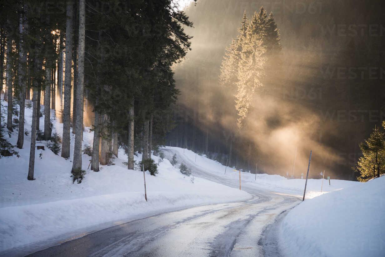 Austria, Salzkammergut, evening light on Postalm road - STCF00289 - Spotcatch/Westend61