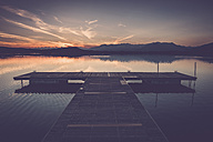 Italy, Lago Viverone at sunset - SIPF01497