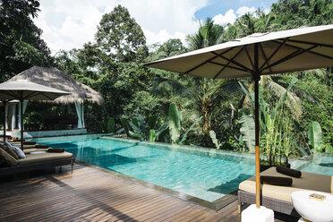 Indonesia, Bali, tropical swimming pool - JUBF00218