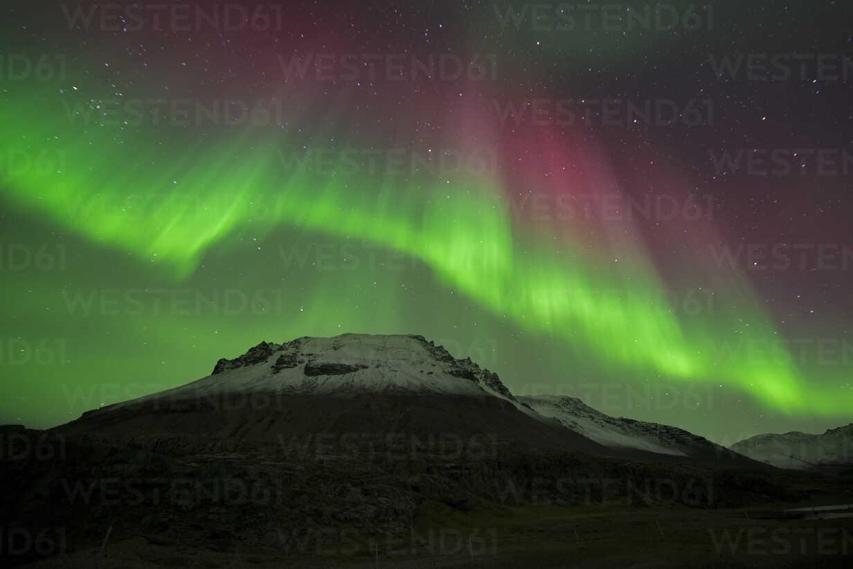 Iceland, scenery with Aurora Borealis - EPF00411 - Maria Elena Pueyo Ruiz/Westend61