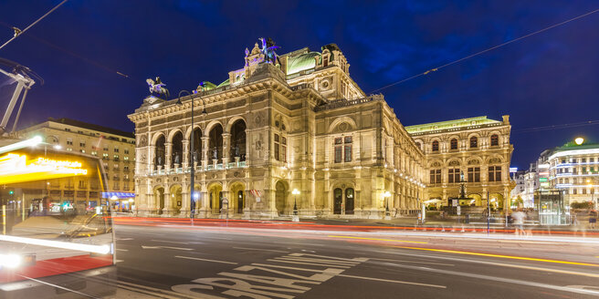 Austria, Vienna, state opera, ring road, tram at night - WDF03947