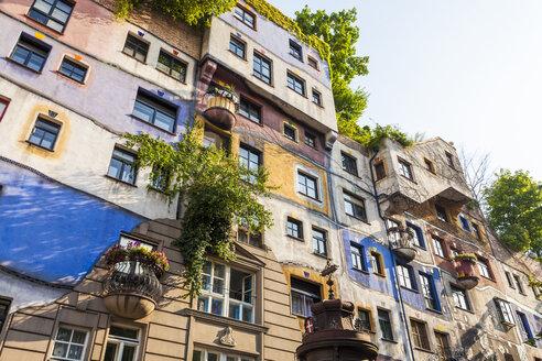 Austria, Vienna, Hundertwasserhaus - WD03971