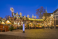 Germany, Braunschweig, Christmas market in the evening - PVCF01055