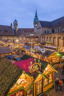 Germany, Braunschweig, Christmas market in the evening - PVC01058