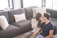 Young couple in love relaxing at home - SIPF01522