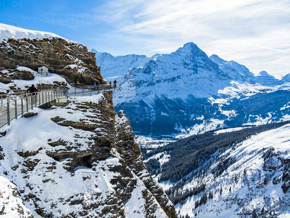 Switzerland, Canton of Bern, Grindelwald, view from First Cliff Walk on Eiger and Eiger North Face - AMF05363 - Martin Moxter/Westend61