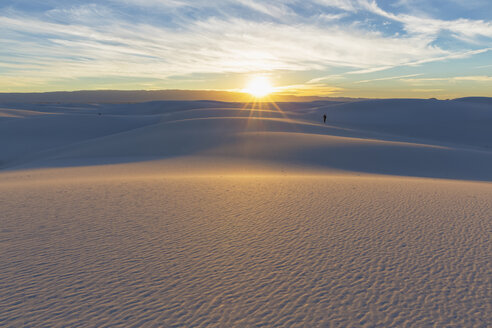 USA, New Mexico, Chihuahua Desert, White Sands National Monument, landscape with person - FOF09196