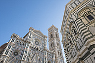 Italy, Florence, view to west facade of Basilica di Santa Maria del Fiore and Campanile di Giotto - LOMF00543