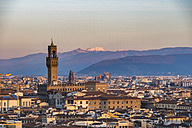 Italy, Florence, cityscape with Palazzo Vecchio at sunrise - LOMF00561