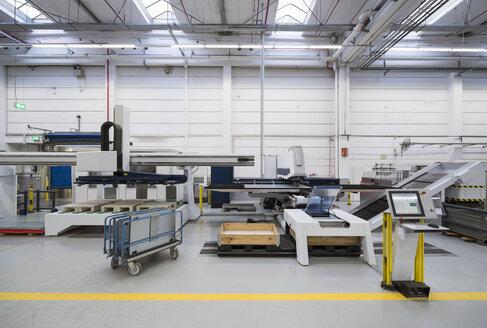 Factory shop floor - DIGF01807
