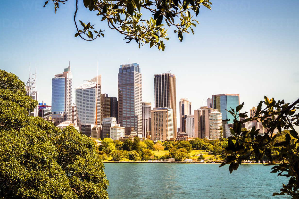 Australia, Sydney, view to skyline - PUF00643 - pure.passion.photography/Westend61