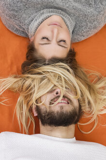 Funny portrait of a young couple - MIDF00821
