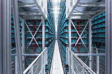 Modern automatized high rack warehouse - DIGF02324