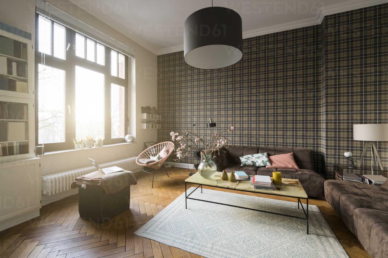 Living room with window - SBOF00377 - Steve Brookland/Westend61