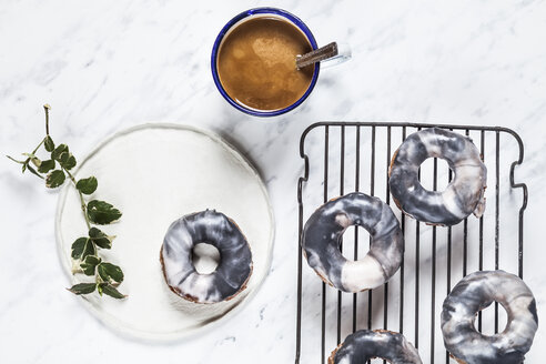 Homemade marble-glazed donuts and coffee - SBDF03196