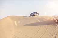 UAE, off-road vehicles on a trip in the desert between Abu Dhabi and Dubai - MMAF00083