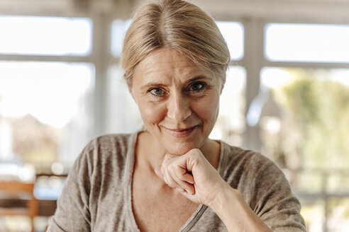Portrait of smiling woman at home - JOSF00799