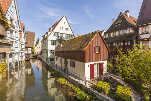 Germany, Ulm, Fischerviertel, historical houses at River Blau - WDF04019