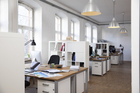 Empty office - FKF02236