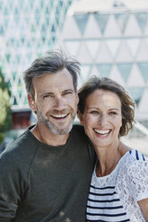 Portrait of happy mature couple outdoors - RORF00969