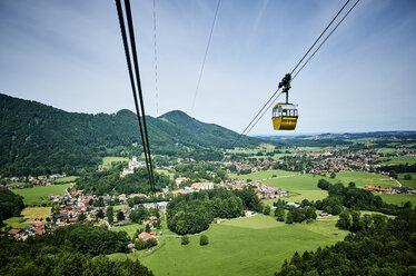 Germany, Chiemgau, Kampenwandbahn cable car - DIKF00246