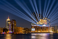 Germany, Hamburg, Elbphilharmonie with laser show - KEBF00575