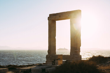 Greece, Cyclades, Naxos, Gate to the temple of Apollo at sunset - GEMF01707